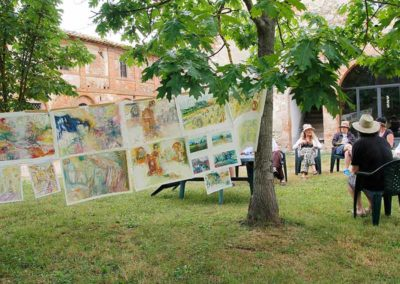 A mid critique session during Studio Italia, our plein air class in Tuscany.